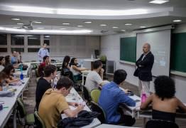 Três maiores grupos de educação do país perdem 105 mil alunos do Fies