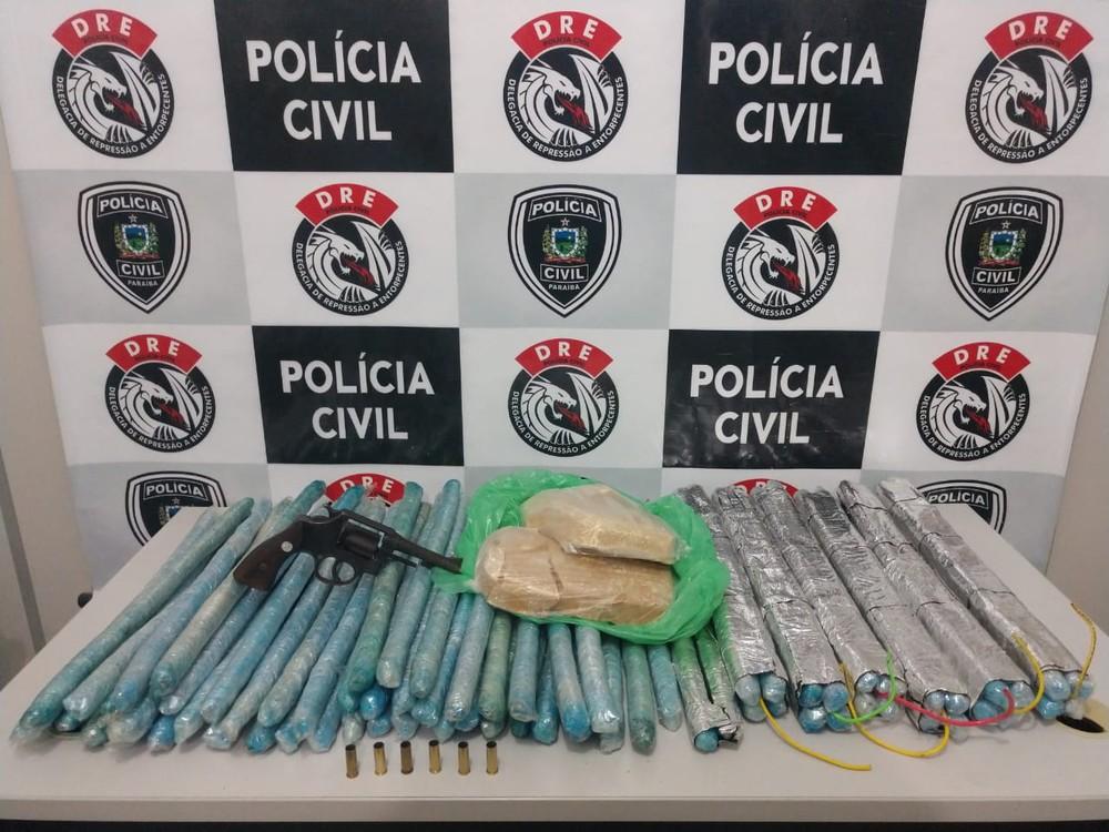 explosivos apreendidos - Polícia apreende mais de 70 explosivos que seriam usados em presídio de Campina Grande