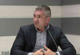 Julian Lemos diz que para assumir cargos tem que ser do quadro técnico: 'Não vou colocar ninguém da família. Não posso ter rabo preso'