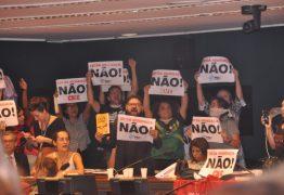 """Votação do """"Escola Sem Partido"""" é adiada pela quinta vez na Câmara dos Deputados"""