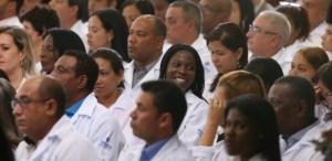 mais medicos 300x146 - MAIS MÉDICOS: Cerca de 3 mil brasileiros inscritos ainda não se apresentaram