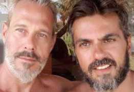 Galã dos anos 90, ator oficializa casamento com produtor após 20 anos