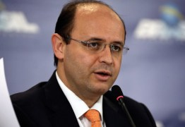 Ministro da Educação diz que tema da redação do Enem não veio das eleições