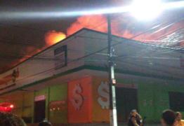 VEJA VÍDEO: Incêndio atinge supermercado em Campina Grande