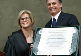 Na diplomação, Bolsonaro pede confiança aos que não votaram nele