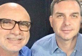 Depósitos para ex-assessor de Flávio Bolsonaro coincidem com pagamentos na Alerj