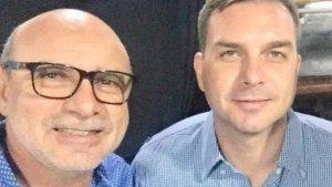 IMAGEM NOTICIA 0 300x169 - Depósitos para ex-assessor de Flávio Bolsonaro coincidem com pagamentos na Alerj