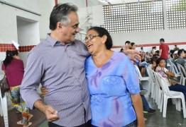 Luciano Cartaxo acompanha assinatura de contratos do Novo São José e entrega de chaves será nesta quarta-feira
