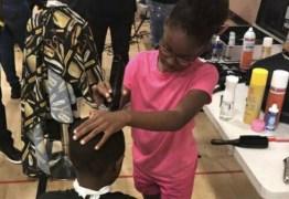 Cabeleireira de 8 anos ajuda a comunidade cortando cabelo de graça