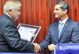 'VITÓRIA DO TRABALHO': Renato Gadelha parabeniza Paulo Maia por reeleição