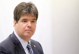 Ruy Carneiro pede autocrítica dentro do PSDB e portais nacionais repercutem