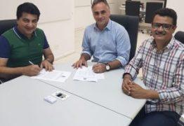 Luciano Cartaxo transfere cargo para Manoel Junior por nove dias