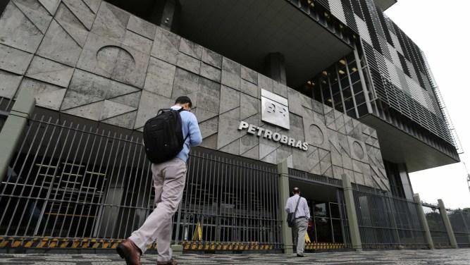 naom 5b116f1978572 300x169 - Lava Jato pede bloqueio de bens de políticos do PSB, MDB e PSDB