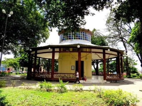 praca venancio neiva 300x225 - Centro Cultural Pavilhão do Chá recebe 10ª edição do Chá Solidário