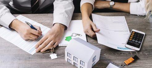 reajuste 300x136 - Índice que reajusta o valor do aluguel acumula alta de 7,45% em 2018