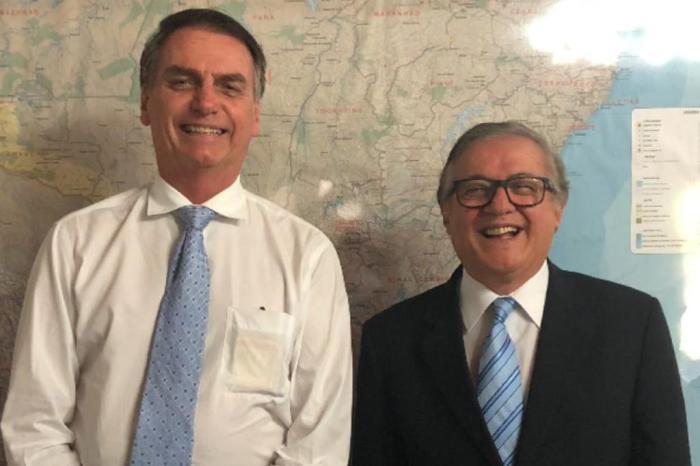 ricardo velez jair bolsonaro - Bolsonaro pede para que novo ministro da justiça prepare-se para a 'guerra'