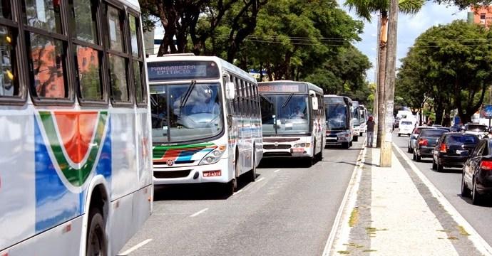 ACORDO FECHADO: motoristas e cobradores de ônibus de João Pessoa terão 3,8% de reajuste salarial