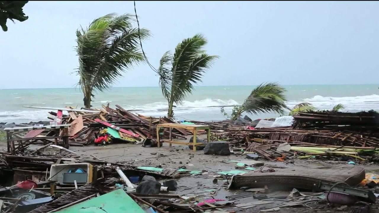 tsunami indonésia 2018 - Número de mortos no tsunami da Indonésia chega a 429