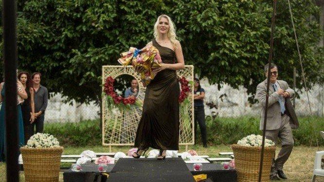 xveronica lourafatal.jpg.pagespeed.ic . 7FGWvlc74 - MISS TAVARELA BRUCE: condenada por matar o amante em motel vence concurso de beleza na prisão