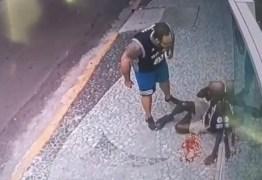 Fisiculturista e e amante são indiciados por agressão a flanelinha de 63 anos