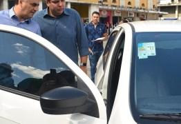 Cartaxo entrega 15 veículos e vai ampliar serviços de assistência às pessoas em vulnerabilidade social