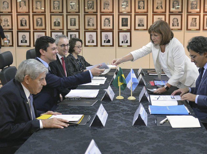 Moro argentina isaac amorim mjspdf 868x644 - Brasil e Argentina revisarão tratado de extradição, diz ministro Sérgio Moro