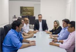 Corujinha e Mesa da CMJP se reúnem com Cartaxo e discutem projetos