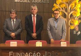 João prestigia posse de Ricardo na Fundação João Mangabeira
