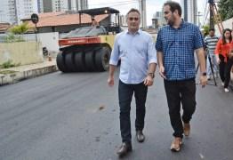 Luciano Cartaxo vistoria trabalhos do Ação Asfalto e lança nova etapa para contemplar 18 bairros e melhorar a mobilidade urbana