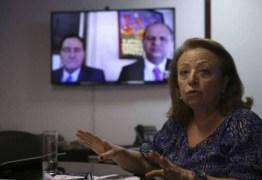 """""""OFENDE AS FAMÍLIAS"""": Governo exonera diretora do departamento de prevenção ao HIV"""