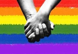 Ministra do STF suspende decisão que permitia terapia da 'cura gay'