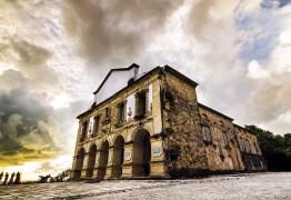 Prefeitura de Lucena, PB, anuncia concurso e processo seletivo