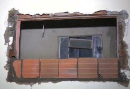 COM CERCA ELÉTRICA E ALARME: Casa é arrombada durante feriado enquanto família viajava, em Campina Grande