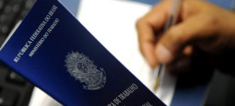 ekonomy 300x136 - A Paraíba criou mais 5.300 empregos com carteira assinada em 2018, puxado pelo setor de serviços