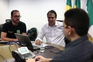 governador 1 300x200 - Governador do Ceará diz que 21 presos foram transferidos após ataques e defende endurecer medidas contra celular em presídios