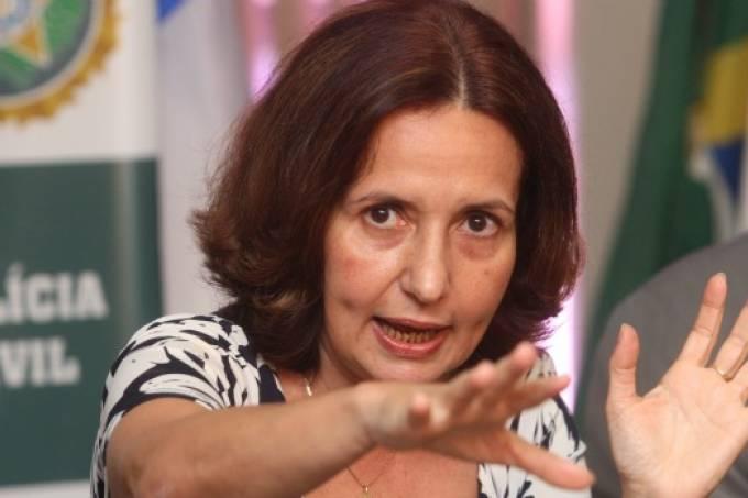 martha rocha retrato20110216 original - Carro da deputada Martha Rocha é alvo de tiros no Rio