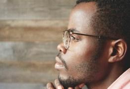 Pesquisa aponta que a principal vítima de suicídio no Brasil é o jovem homem negro
