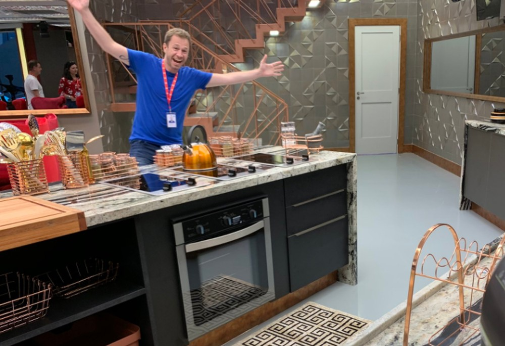tiago leifert bbb19 cozinha 1 - #RedeBBB adianta detalhes sobre a decoração da casa do BBB19#RedeBBB adianta detalhes sobre a decoração da casa do BBB19