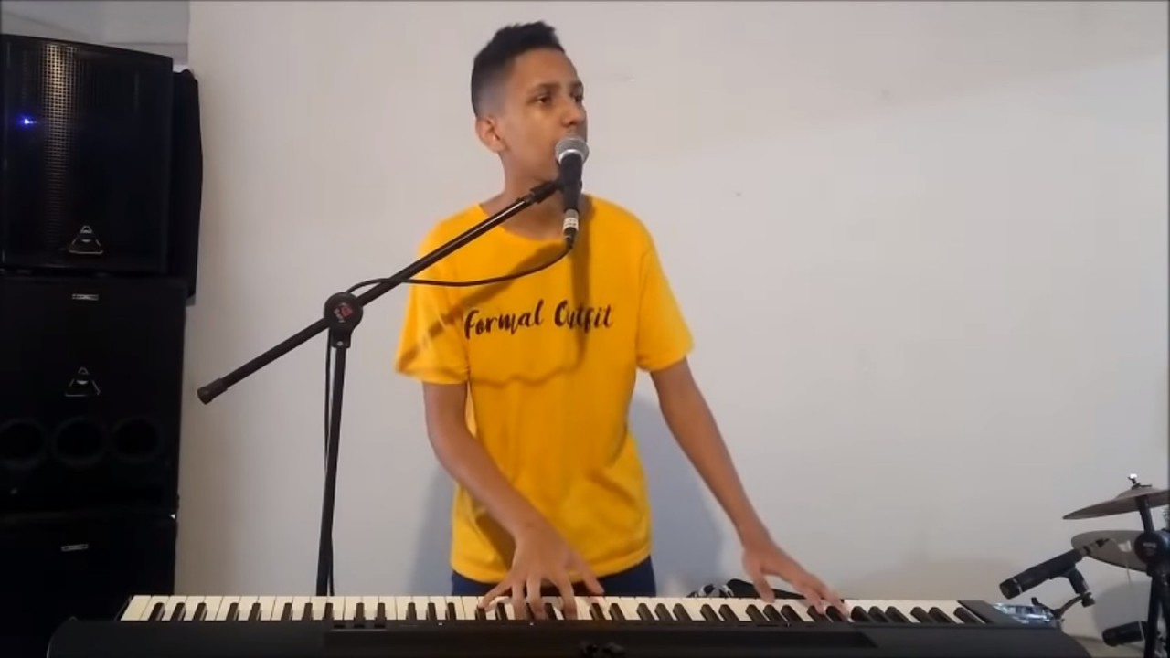 whadi - 'PISCININHA, AMOR': cantor que fez música com meme já negocia contrato, parcerias e shows no carnaval - VEJA VÍDEO