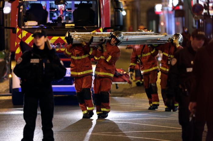 24963093 - Incêndio em edifício na França deixa oito mortos
