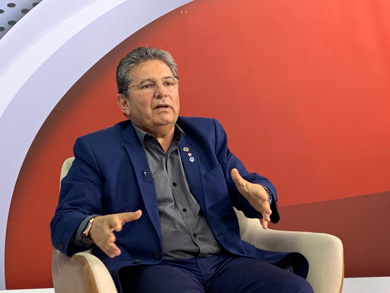 Adriano Galdino Frente a Frente Polêmica - 'MEU COMPROMISSO É COM A TRANSPARÊNCIA': Adriano Galdino anuncia ponto eletrônico para deputados e demais servidores da ALPB; VEJA VÍDEOS
