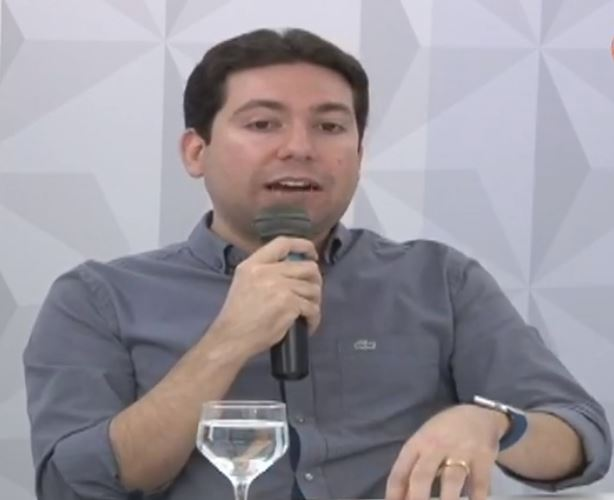 DA SOMBRA AO BRILHO DO SOL: Felipe Leitão fala sobre filiação no Democratas