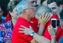 Petista paraibano protesta contra nova condenação de Lula