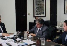 João Azevêdo se reúne com presidente do Senado para acelerar tramitação de empréstimo junto ao Banco Mundial
