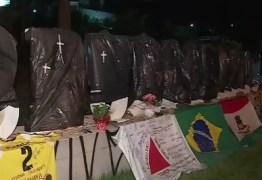TRAGÉDIA: Letreiro de Brumadinho amanhece coberto com sacos pretos