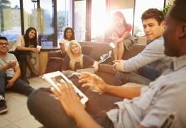 Saiba como aumentar seu networking em eventos durante a faculdade