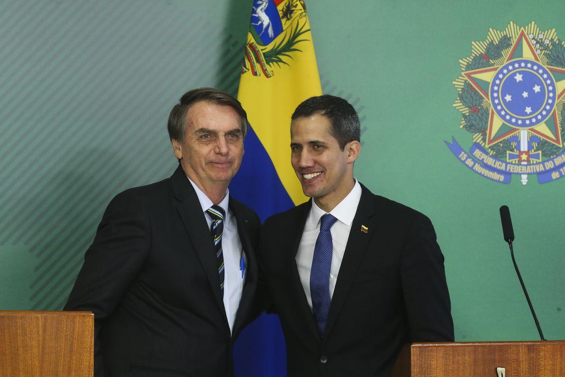 antcrz abr 28021912292 - Palácio do Planalto emite nota manifestando preocupação com segurança de Juan Guaidó