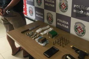 apreensao mangabeira  300x200 - Homem é preso suspeito de tráfico de drogas em João Pessoa