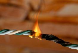 Energisa deverá indenizar vítima de incêndio em casa decorrente de curto-circuito elétrico