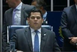 CONTRARIANDO A LEI DE ACESSO À INFORMAÇÃO: Presidente do Senado autoriza colegas a manter sigilo sobre gastos com a verba de gabinete